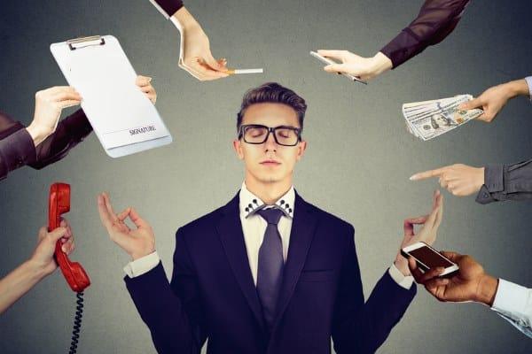 """Étude : Un salarié sur  4  """"hyper stressé"""" au travail"""