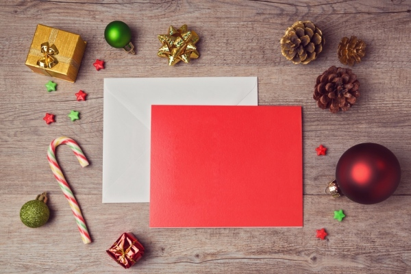 Consultant : 10 services pour envoyer une carte de vœux originale à vos clients