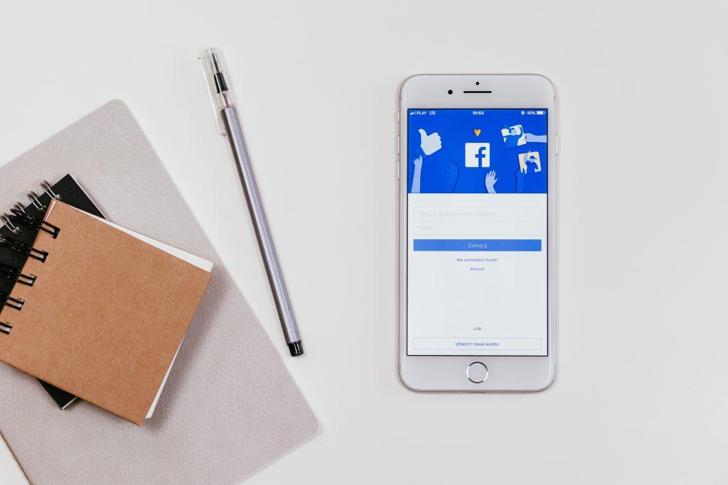Comment bien vendre sur Facebook ?